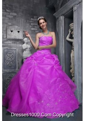 Beautiful Strapless Organza Appliques Decorate Sweet Sixteen Dresses
