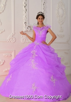 Elegant V-neck Organza Appliques with Beading for Lilac Quinceanera Gowns
