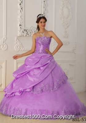 Princess Sweetheart Taffeta and Tulle Lilac Quincenera Dresses with Appliques