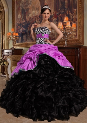 Lilac and Black Sweetheart Organza Quinceanera Gown with Pick-ups and Ruffles