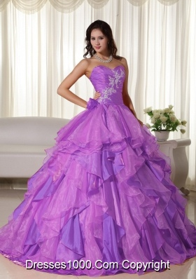 Sweetheart Organza Ruching Quinceanera Gown with White Appliques