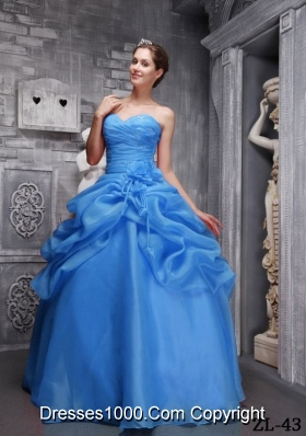 2014 AffordableBlue Puffy Sweethrart Quinceanera Dress with Beading and Ruching