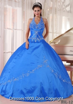 2014 Sleevless Quinceanera Dress in Teal Halter-top Puffy with Appliques