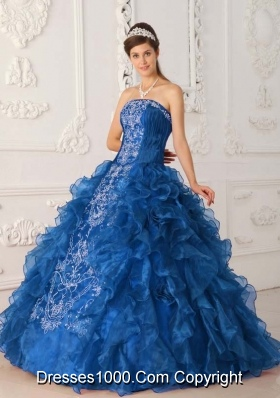 2014 Beautiful Blue Ball Gown Strapless Quinceanera Dress with Ruffles Embroidery