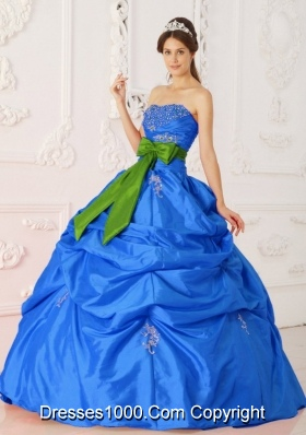 2014 Brand New Blue Puffy Strapless  Beading and Sashes Quinceanera Dress