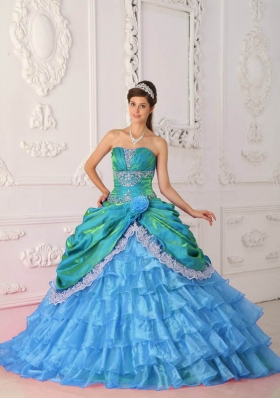 2014 CuteBlue Puffy Strapless Lace and Appliques Quinceanera Dress with Ruffled Layers