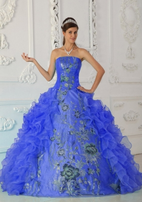 2014 Exquisite Puffy Strapless Embroidery Blue Quinceanera Dress with Ruffles