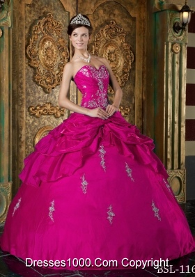 Sweetheart Taffeta Appliques Decorate Quinceanera Dress in Fuchsia