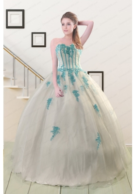 2015 Fashionable Appliques Quinceanera Dresses in White