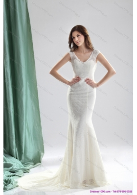 2015 Unique White Wedding Dresses with Lace and Brush Train