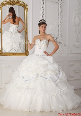 Exclusive Beading Sweetheart Quinceanera Gowns in White