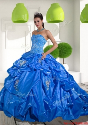 Fashionable 2015 Beading and Appliques Quinceanera Dresses with Brush Train