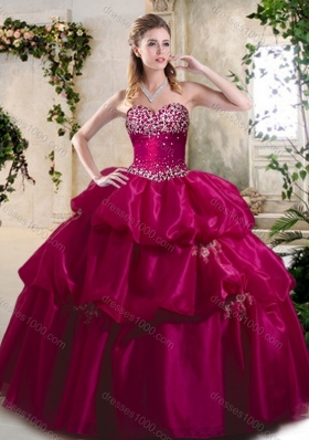 Beautiful Ball Gown Sweet 16 Gowns with Beading and Pick Ups