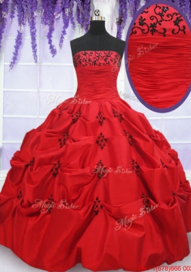 Luxurious Strapless Applique and Bubble Red Quinceanera Dress in Taffeta