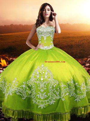Superior Yellow Green Taffeta Lace Up Sweetheart Sleeveless Floor Length Vestidos de Quinceanera Beading and Appliques