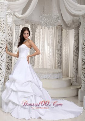 A-line Taffeta Pick-ups Bridal Gown with Court Train