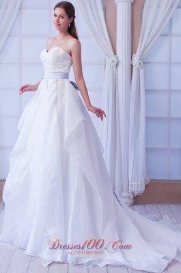 A-line Sweetheart Court Train Appliques Wedding Dress