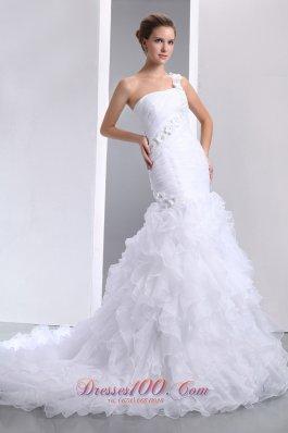 One Shoulder Handmade Flowers Mermaid Chapel Wedding Dress