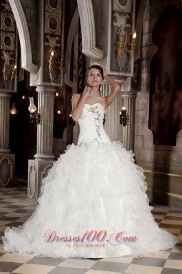 Sweetheart Beading Organza Ball Gown Wedding Dress