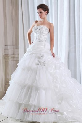 Fabulous Strapless Organza Beading Appliques Wedding Dress