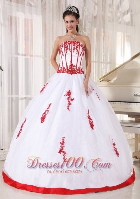 Strapless Pretty White and Red Ball Gown for Quince Boning