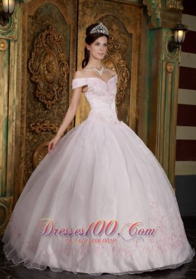 Off the Shoulder Sweetheart Sweet 15 Dress Pink
