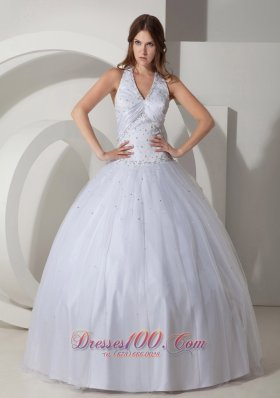 White Halter V-neck Beaded Quinceanera Dress Ball Gowm