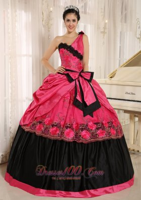 One Shoulder Coral Red Quinceanera Dress With Bowknot and Appliques