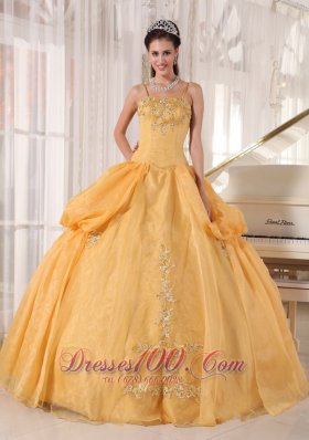 Spaghetti Straps Gold Organza Appliques Quinceanera Dress