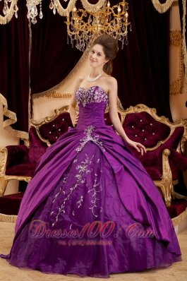 Purple Sweetheart Appliques Floor-length Quinceanera Dress