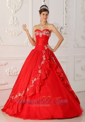 Red Sweet 16 Dress Sweetheart Embroidery and Beading