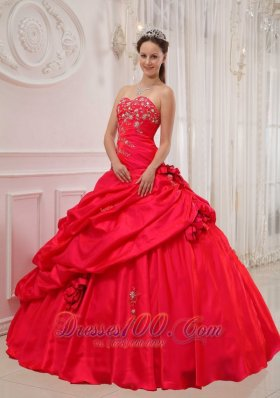 Red Quinceanera Dress Sweetheart Floor-length Appliques