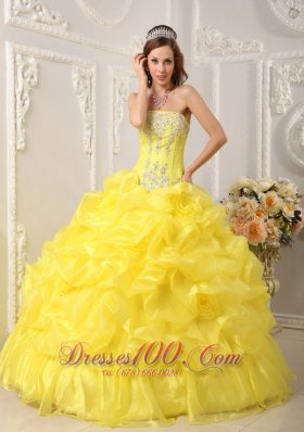 Cute Yellow Quinceanera Dress Organza Beading