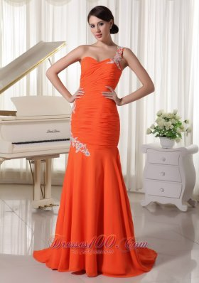 Brush Train Orange Red One Shoulder Evening Dress