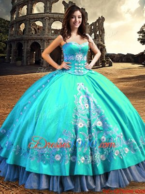 Sweetheart Sleeveless Taffeta Quinceanera Gown Embroidery Lace Up
