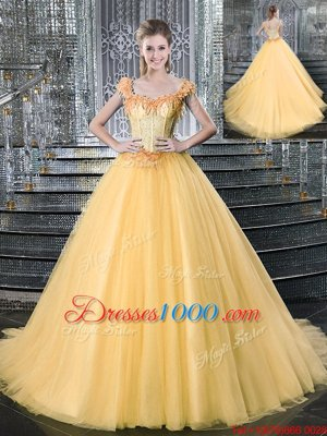 Hot Selling Straps Straps Beading Quinceanera Dresses Gold Lace Up Sleeveless With Brush Train