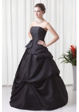 Black Pick Ups Ball Gown Taffeta Dress for Sweet 15 with Bowknot
