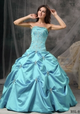 Aqua Blue Modest Ball Gown Strapless Quinceanera Dress with Taffeta Beading