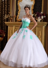 White and Apple Green Appliques Sweetheart Organza Dresses For a Quince