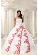 Beautiful White Sweet 16 Dresses with Red Embroidery