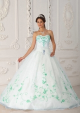White Sweetheart Organza Green Embroidery Dresses Of 15