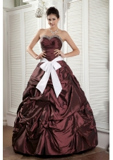 Burgundy Ball Gown Sweetheart Quinceanea Dress with White Sash and Pick-ups