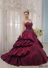 Burgundy Sweetheart Court Train Quinceanera Gowns Dress with Appliques and Pick-ups