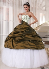Beautiful Strapless Quinceanera Gowns with Embroidery and Pick-ups