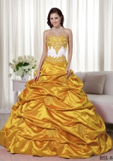 2014 Exquisite Princess Sweetheart Appliques Quinceanera Dress with Pick-ups