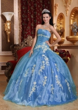 2014 Pretty Light Blue Puffy V-neck Beading Quinceanera Dresses