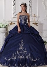 Navy Blue Ball Gown Strapless Quinceanera Dresses with Embroidery