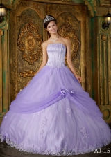 Puffy Strapless Lace Appliques Quinceanera Dresses for 2014 Spring