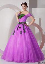 Modest Princess Off The Shoulder Appliques Quinceanera Gowns