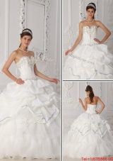 Fall Exquisite White Sweetheart Quinceanera Gowns with Beading